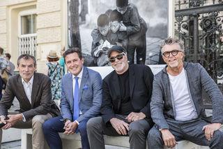 """In bester Gesellschaft: Christian Jungwirth, Peter Hanke, Greg Gorman und Gerhard Krispl (v. l.) bei der Eröffnung zu """"Expressions"""""""