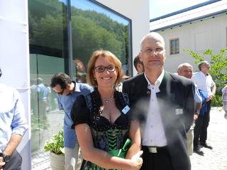 """Anja und Claus Ziegler erhielten die """"Goldene Kelle"""" für die Revitalisierung des Refugium Hochstrass."""