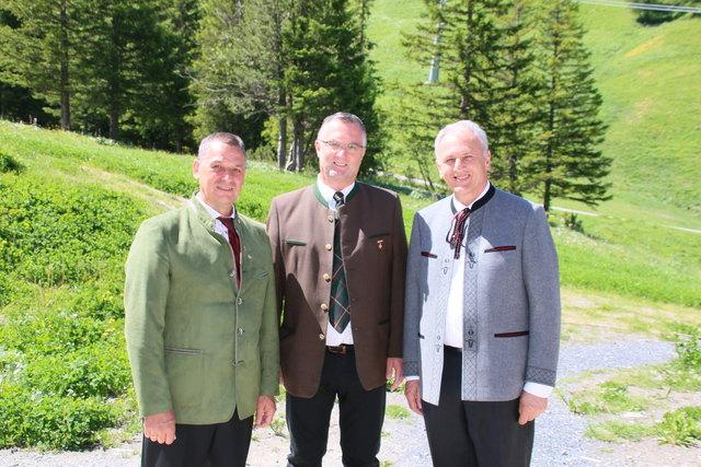 Der Feldkirchner Musikschulleiter Horst Baumgartner (Mitte) wurde zum Präsidenten des  Österreichischen Blasmusikverbandes gewählt