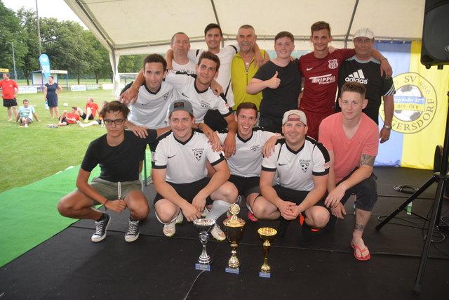 Die SpG Pinkatal sicherte sich den Turniertitel, die Spritzerwertung und auch den besten Spieler.