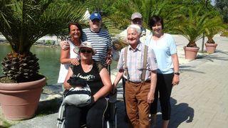 Ausflug: Ingeborg Arnesch, Josef Torker (vorne von links), Anita Germann, Adolf Reiner, Ewald Lederer und Ines Fandl