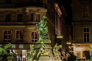 Langzeitbelichtung...Donnerbrunnen am  Neuer Markt wien Innere Stadt