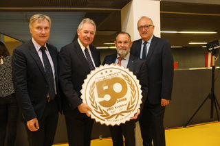 Bürgermeister Wolfgang Veitz, Präsident Viktor Sigl, Direktor Wilhelm Zillner, Bezirkshauptmann Dieter Goppold (v.li.).