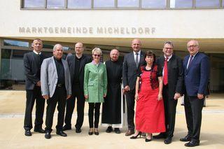 Bürgermeister Ewald Lindinger (2.v.re.) konnte auch SPÖ-Landesvorsitzende Birgit Gerstorfer (3.v.li.) in Micheldorf begrüßen.