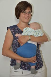 Monika Hirsch mit ihrem kleinen Michael.