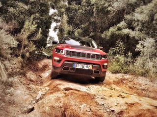 Jeep Compass: seit 7. Juli auf dem Markt. Ab 26.890 Euro für den Einstiegs-1,4-Liter-Turbobenziner mit 140 PS. Im Bild: Jeep Compass Trailhawk