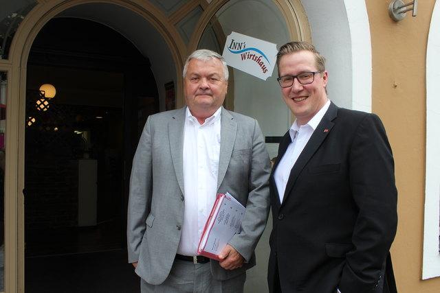 Arbeiterkammer-Präsident Johann Kalliauer und AK-Bezirksstellenleiter Stefan Wimmer