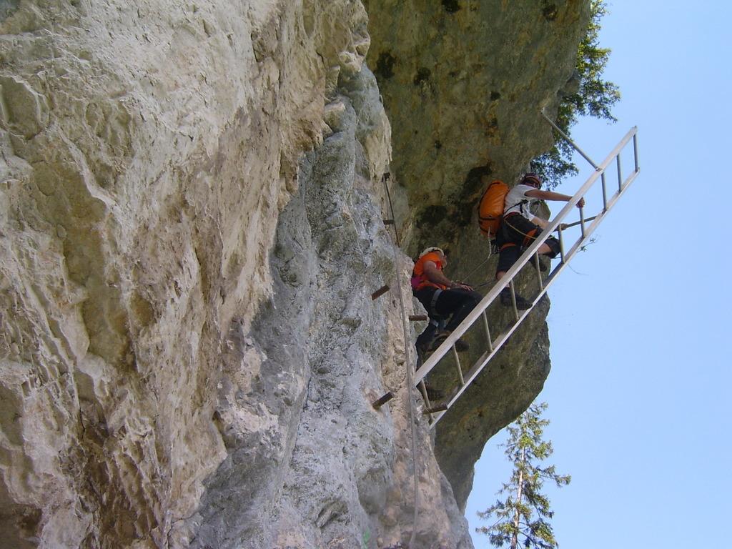 Klettersteig Gosau : Abgängige im klettersteig echernwand tödlich abgestürzt salzkammergut