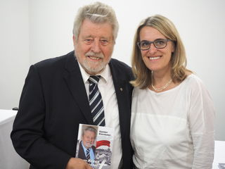 Nationalrat a.D. Günter Kiermaier mit Nationalratsabgeordneter Ulrike Königsberger-Ludwig