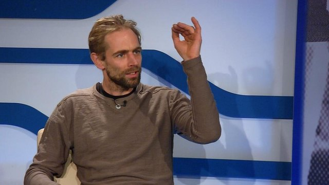 Survival-Trainer Martin Mollay im Gespräch mit Oswald Hicker auf P3tv.
