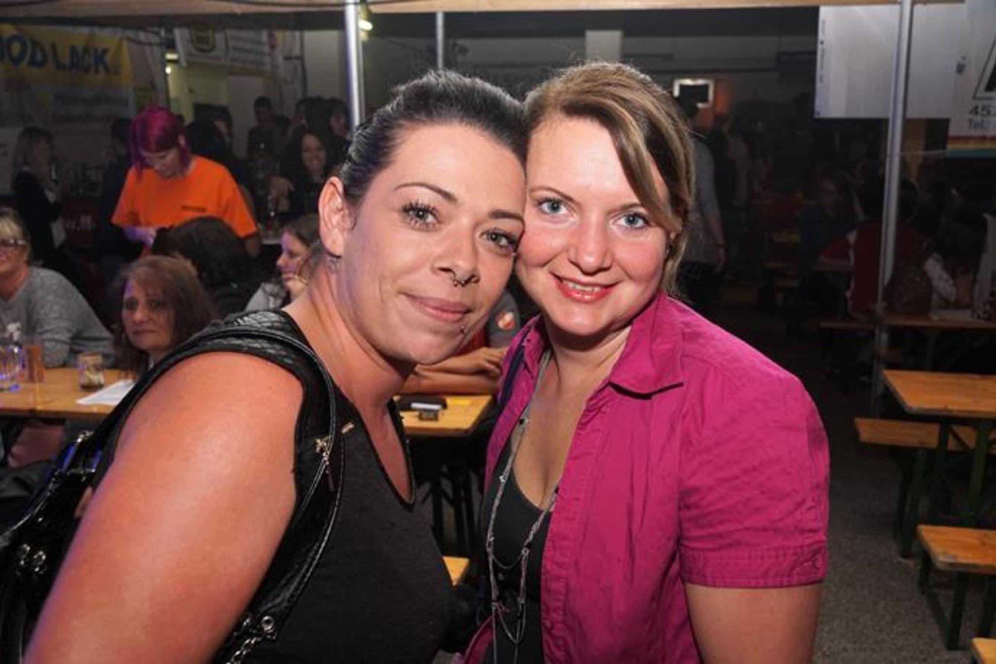 Wo treffen sich singles aus lichtenegg - Trumau dating service