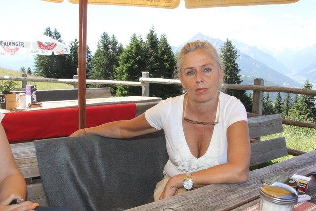 Almwirtin Heidi Kaltschmid hofft auf ein Entgegenkommen der Agrar Patsch, um ihren Betrieb zu retten.