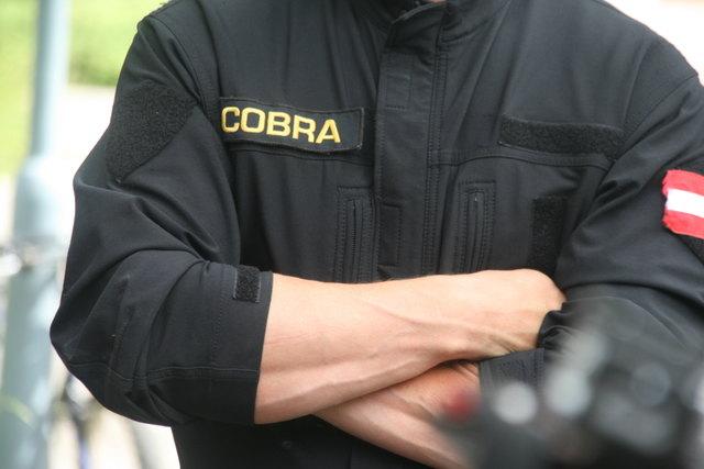 Spezialeinheit Cobra rückte nach Zwentendorf aus.