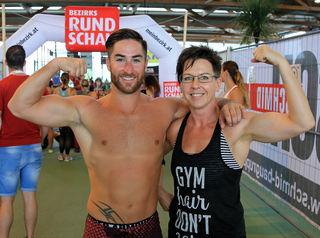 Sandra Kriechbaum und Roman Mairinger sind mit zehn weiteren Kollegen von CrossFit Vöcklabruck am Start.