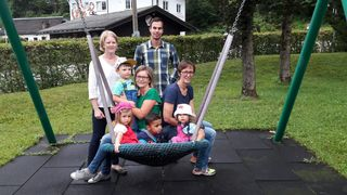 v.l. Maria Vilsecker (Kindergartenpädagogin), Nationalratskandidatin Ines Schiller, NR-Kandidat Mario Haas, Labg. Sabine Promberger