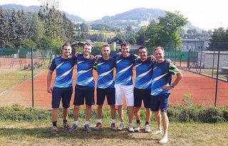 Im Juni haben die Herren 1 des Union Tennisklub Kirchberg die Saison auf dem 2. Platz beendet.