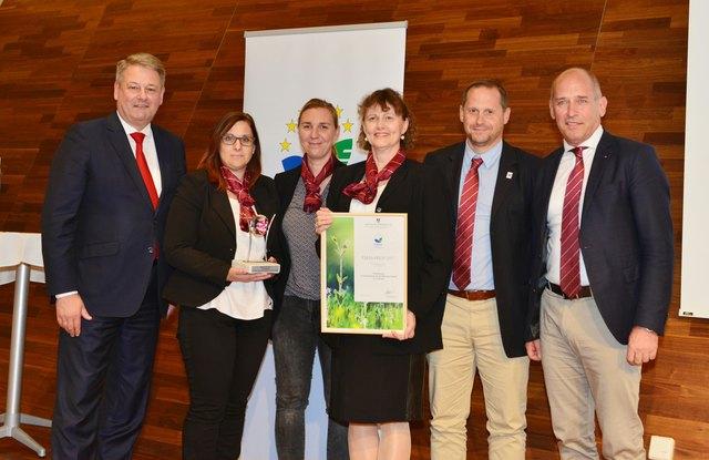 Bundesminister Andrä Rupprechter mit Albin Knauder, Daniel Kreuzer, Liesette Görgei, Karin Strnad und Astrid Koschier