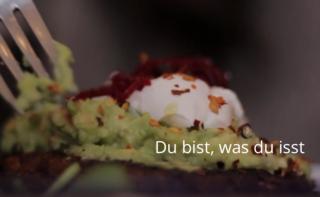 Das neue subject-Dossier der Uni Innsbruck ist online. Erst das Fressen beleuchtet das Thema Lebensmittel.