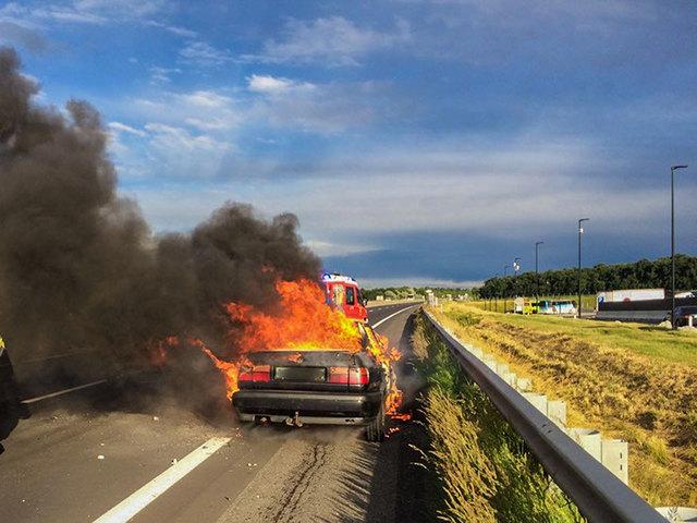 Das Fahrzeug brannte völlig aus