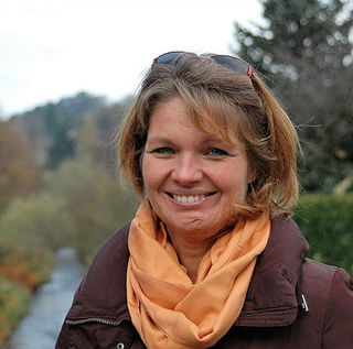 Helga Erhard ist als Energetikerin in Neulengbach tätig.