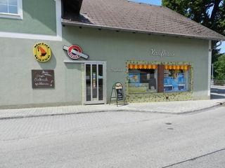 Am Samstag war das Geschäft wegen Einbruchs geschlossen.