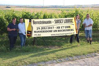 Bernsteinwein Sunset Lounge – Sonnenuntergang mit Blick über die Weingärten und dazu die Weine des Jahrgangs 2016 verkosten