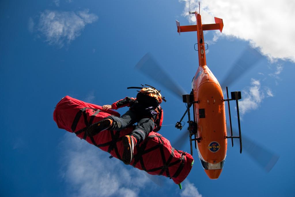 Klettersteig Unfall : Ettaler mandl klettersteig unfall im ausgerutscht