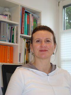Dr. Gudrun Grund