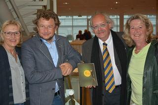 Lumpazivagabundus in Stockerau: Silvia Schweighofer, Intendant Zeno Stanek, Karl J. Mayerhofer, Gerlinde Müller