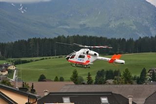 Die Verletzte wurde mit dem Hubschrauber nach Schwarzach gebracht (Symbolbild).