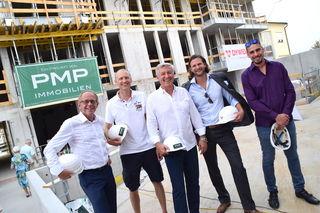 In Gleichenfeier-Laune: Martin Weinelt, Werner Mock, Leopold Pajpach, Markus Hinteregger und Julian Teufel.