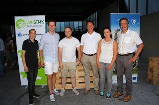 Thomas Schlatzer und sein Team mit Bgm. Johann Nestler in Ligist