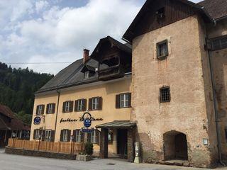Das Buchhaus in Geistthal wird weiterhin renoviert, der Kulturverein ist sehr aktiv.