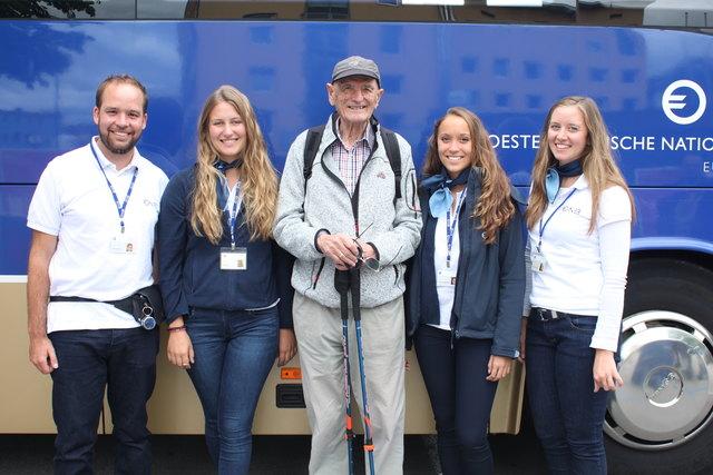 Herr Raggl mit dem Team der Euro-Info-Tour