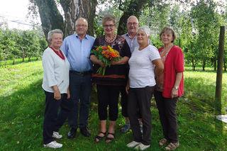 Eine Abordnung mit Vize-Bgm. Walter Gaich gratulierte Heidi Ofner zum Geburtstag.