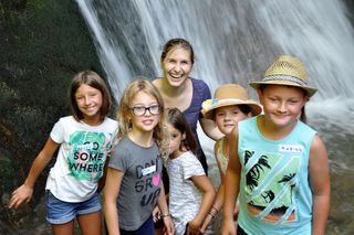 Eva-Maria Vorwagner vom Natur- und Geopark Steirische Eisenwurzen vermittelte den Kindern auf spielerische Weise Wissen.