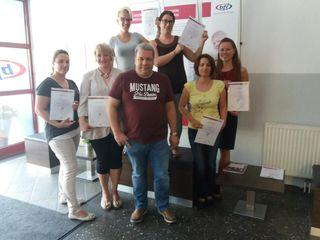 Am bfi Köflach nahmen die Absolventinnen ihre Buchhaltungs-Zertifikate entgegen.