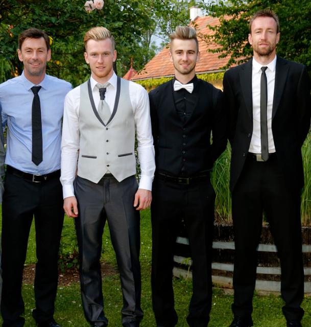 Die vier Vollblutfußballer Bruno, Kevin, Robin und Günter Friesenbichler (v.l.) haben alle den Torinstinkt in sich.