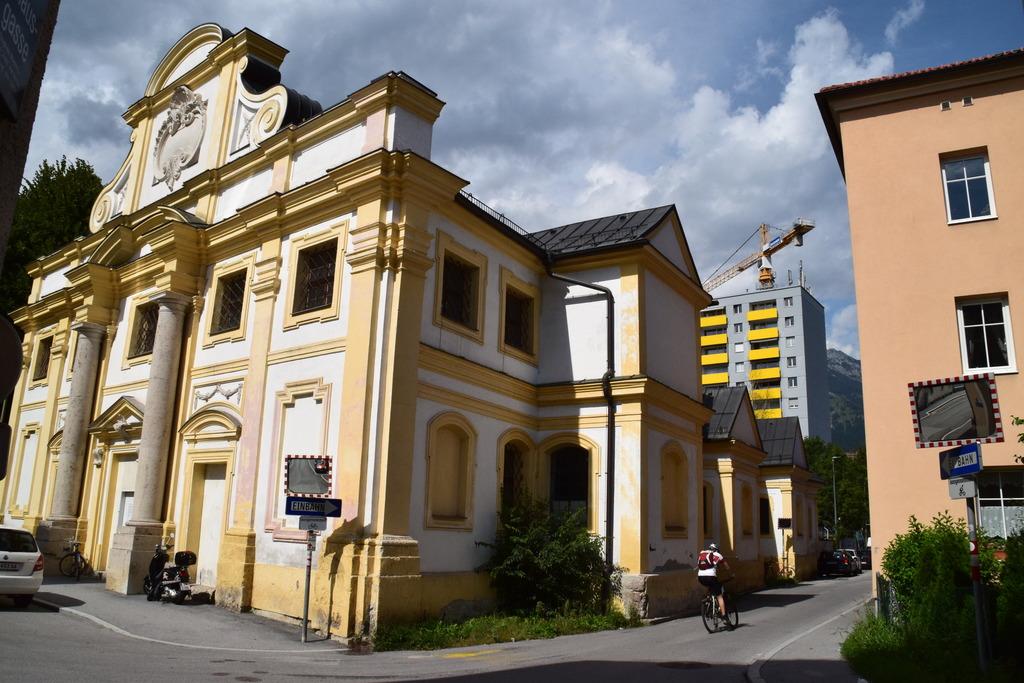 Das Siebenkapellen-Areal steht unter strengem Denkmalschutz. Die Nachnutzung als Schulgebäude ist schon seit Jahren Thema.