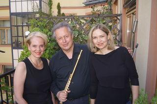 Birgid Steinberger (Sopran), Hansgeorg Schmeiser (Flöte) und Tina Zedin (Harfe) konzertieren in Pöllau und in Pöllauberg.