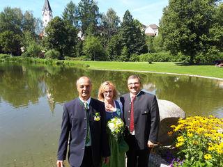 Hans Hinterreiter (r.) mit Elfriede Schleich und Leopold Steindl.
