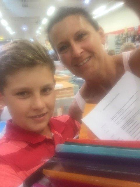 Bezirksblatt-Redakteurin Karin Zeiler mit Sohn Lukas.