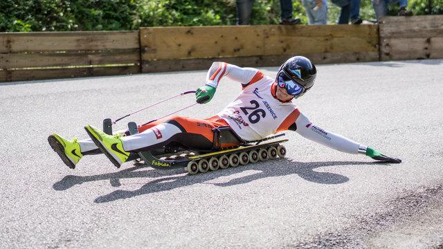 Fabian Achenrainer holt sich in Idrija (SLO) seinen ersten Saisonsieg