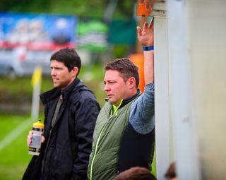 Clemens Gschösser (re.) und Co-Trainer Christian Leitner haben die Trainerbank des FC Koch Türen Natters geräumt.