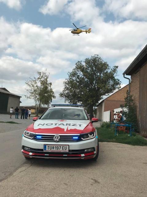 In Oberweiden waren Notarzt und Rettungshubschrauber im Einsatz.