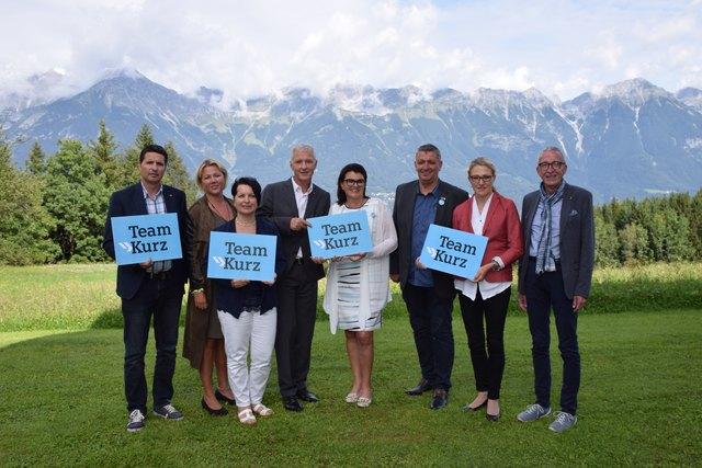 Team Landeck: Reinhard Carpentari, Beate Scheiber, Petra Erhart-Ruffer, Klaus Aniballi, Liesi Pfurtscheller, Pepi Raich, Katrin Völk und Herbert Mayer (v.l.).