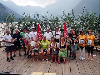 Die Teilnehmer mit den Funktionären der ÖWR Hallstatt und dem Conférencier Harald Bruckenberger