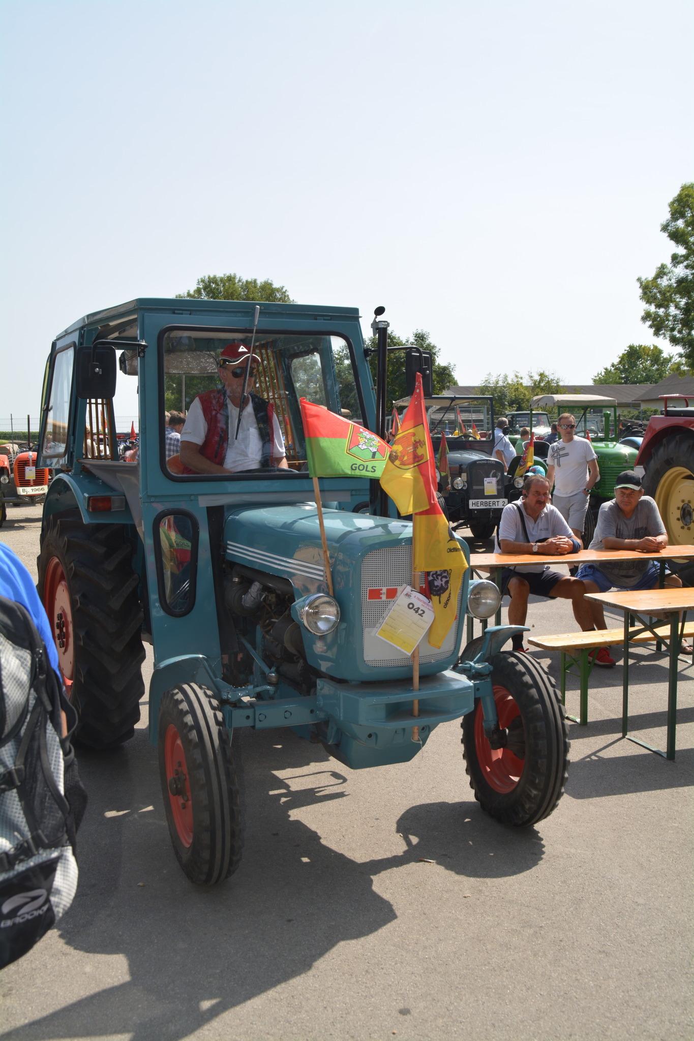 7. Oldtimer Traktor Treffen Neunkirchen - Willkommen bei den