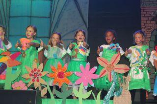 Singen, Tanzen, Schauspielern - alle waren mit Begeisterung dabei