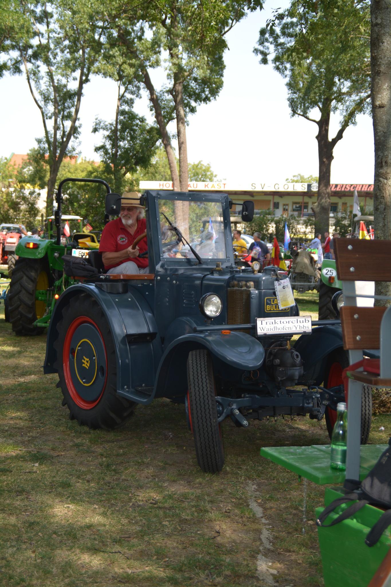 Termine - Oldtimer Traktor Verein Szauer-Neuhold